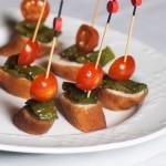 Pinchos de flamenquín con cherry y pimientos